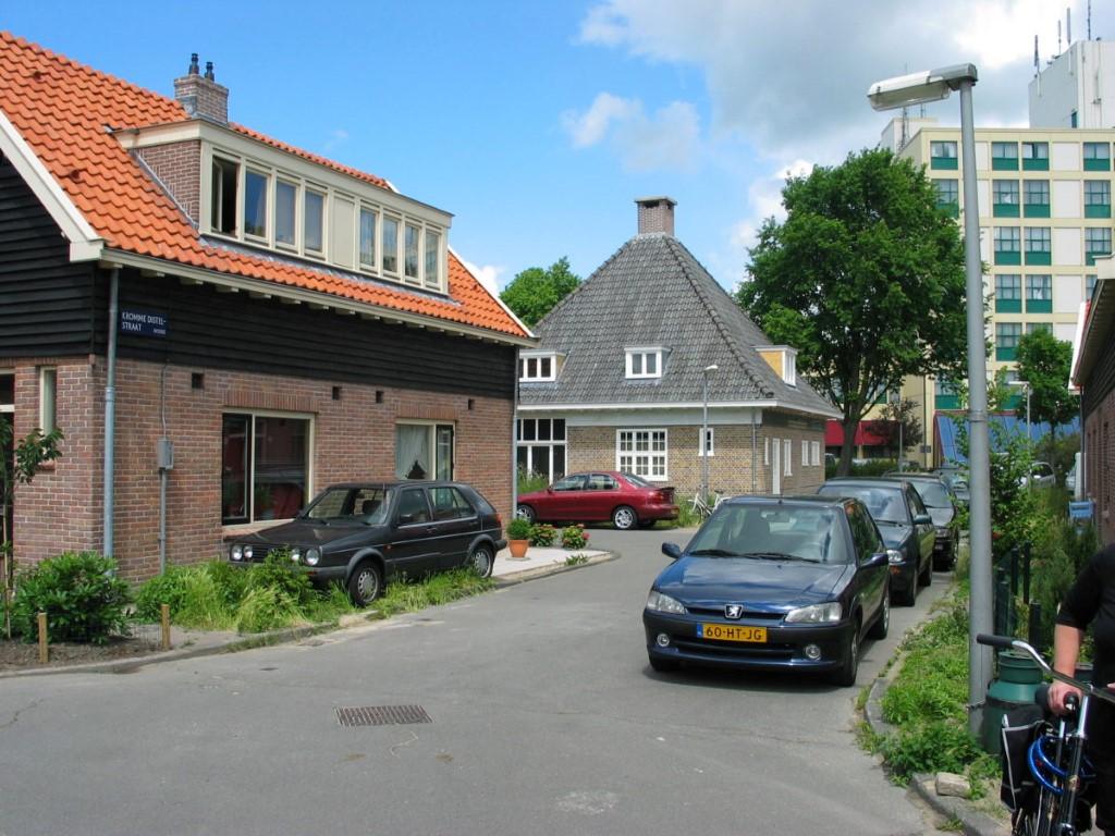 Bain Public Geert Vennix architecte